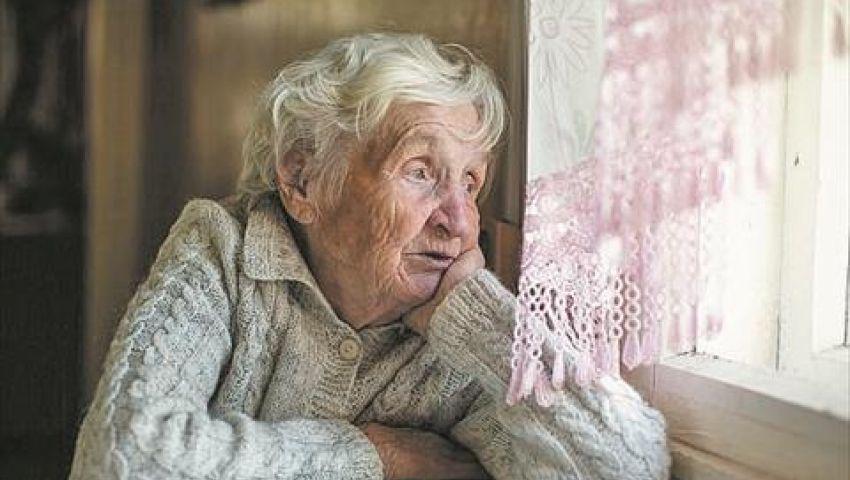 فيديو| في زمن الكورونا.. 9 نصائح لا تغفلها عند زيارة كبار السن