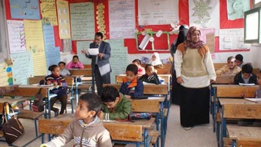 فيديو| تعرف على قيمة مرتب كل معلم فى مصر بعد الزيادة الأخيرة