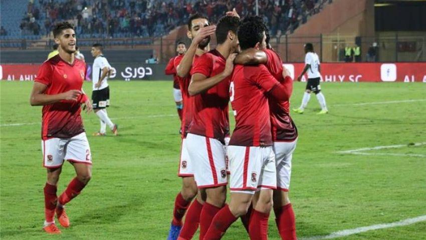 إنفوجراف| تشكيل الأهلي أمام طلائع الجيش.. عودة الشناوي والسولية