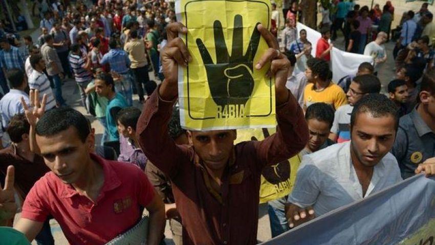 أنصار مرسي يواصلون احتجاجاتهم بالإسكندرية
