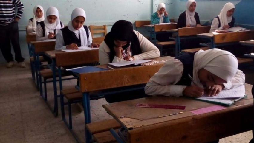 طلاب الشهادة الإعدادية: امتحان اللغة العربية سهل بس في «تريكات » في النحو