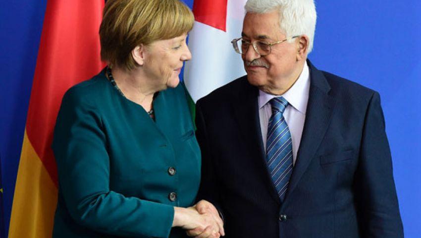 عباس: متمسكون بخيار تحقيق السلام العادل