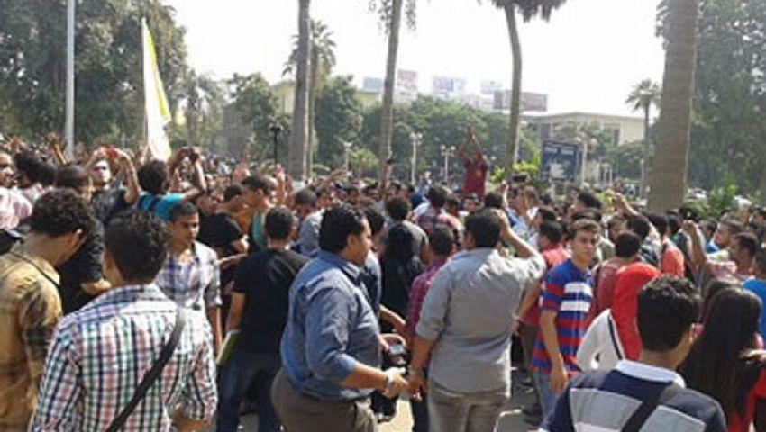 رئيس جامعة عين شمس يتجاهل إضراب الطلاب