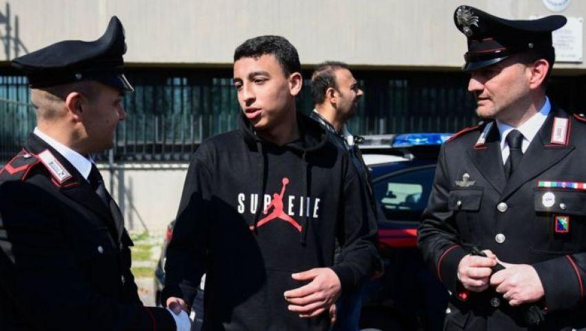 منع خطف حافلة مدرسية.. هكذا كافأت إيطاليا البطل المصري رامي شحاتة
