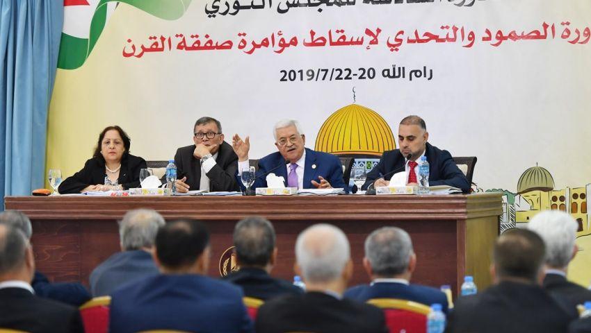 المُصالحة الفلسطينية مجددًا.. عباس يؤكد جاهزيته وينتظر رد «حماس»