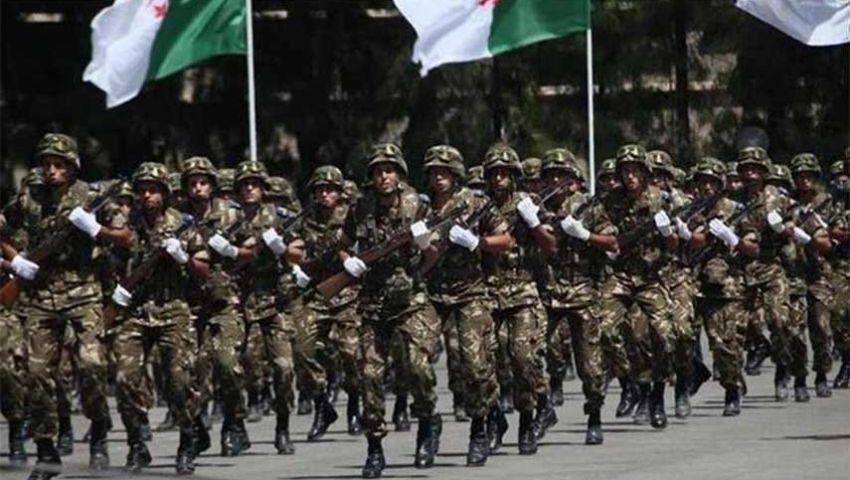 الجزائر.. قيادة الجيش ترفض الدخول كطرف مفاوض في الأزمة