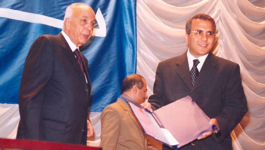 «حريات الصحفيين» عن عادل صبري: لم يرتكب أي جريمة تستدعي بقاءه في الحبس الاحتياطي