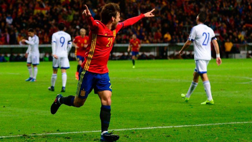 إنفوجراف| سيلفا يعادل رقم نجم ريال مدريد في ترتيب هدافي منتخب إسبانيا