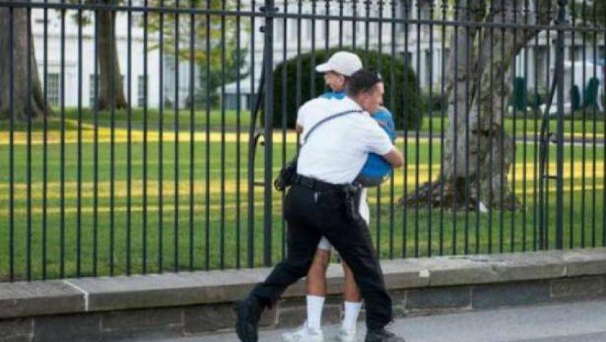 القبض على رجل يحمل عبوة مريبة بالقرب من البيت الأبيض