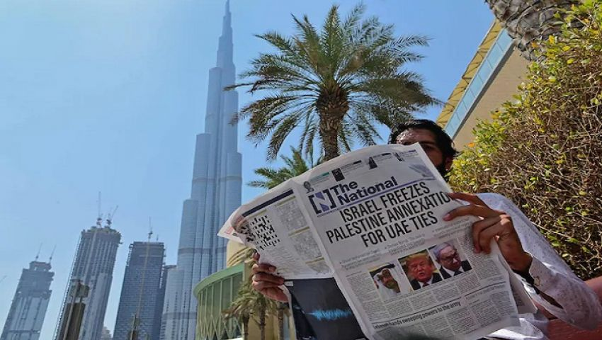 البداية من بوابة الاستخبارات.. كيف وصلت الإمارات وإسرائيل للتطبيع؟