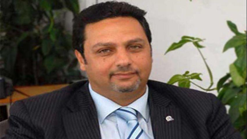 حازم عبد العظيم عن تعويم الجنيه: هل توجد أرقام بالتعاملات الدولارية مع البنوك؟