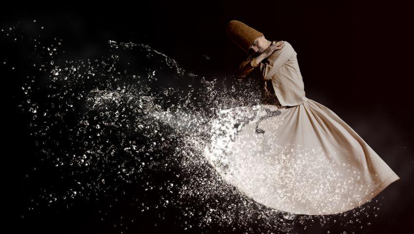 «زهور العشق في حديقة الله».. عادل حمودة يبحر في ثنايا الصوفية