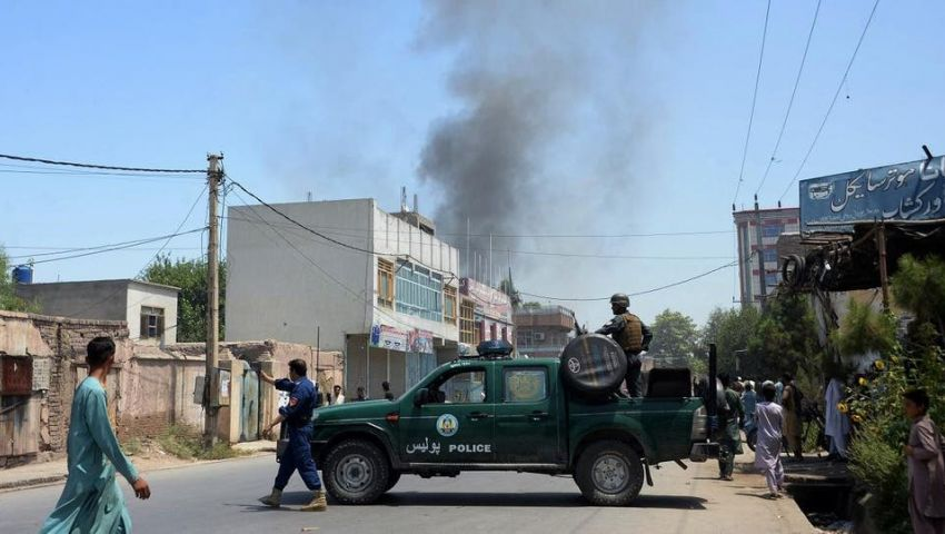 تزامنا مع مفاوضات طالبان وأمريكا في الدوحة.. الدماء تسيل في كابول