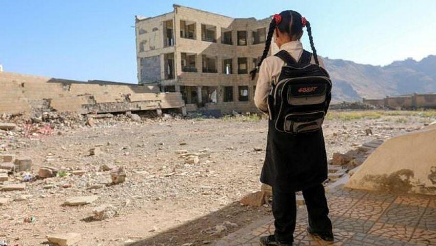 الفرنسية: في اليمن.. أطفال يعملون في المقابر لتوفير لقمة العيش