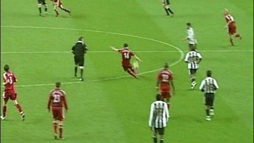 في مثل هذا اليوم.. ألونسو يسجل في نيوكاسل من منتصف الملعب