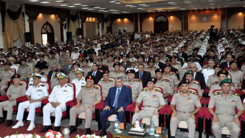 السيسي يلتقي بضباط الجيش والشرطة