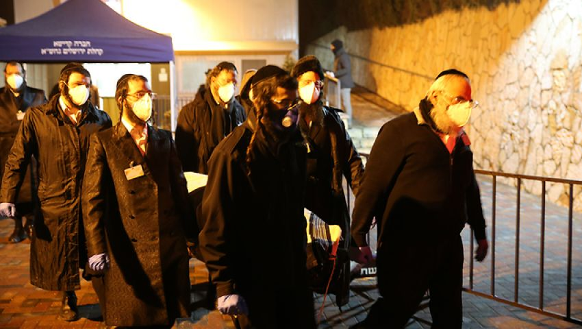 إسرائيل.. عدد المصابين بكورونا يصل إلى 1017