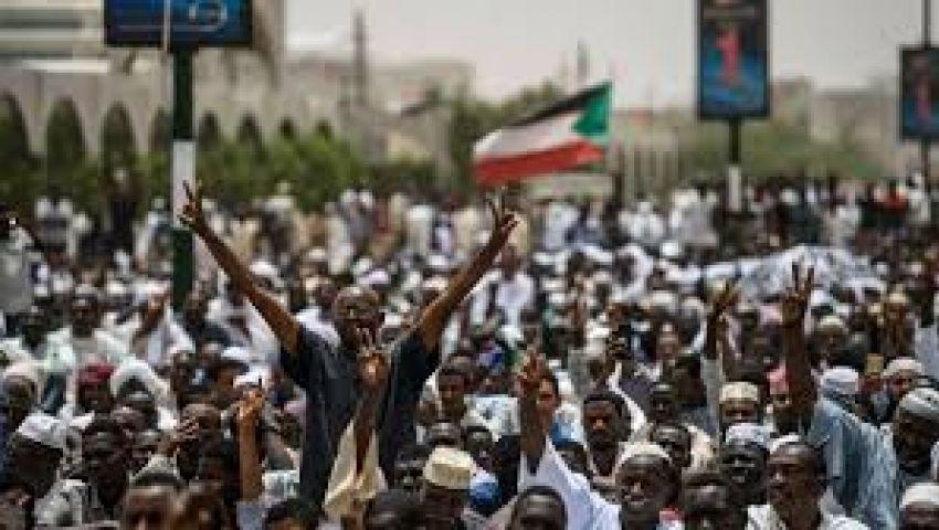 السودان.. اعتقال مطلقي النار على المعتصمين