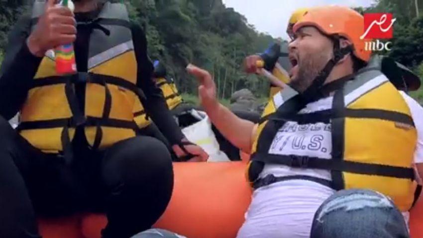 رد فعل غير متوقع من أحمد رزق في برنامج «رامز في الشلال»