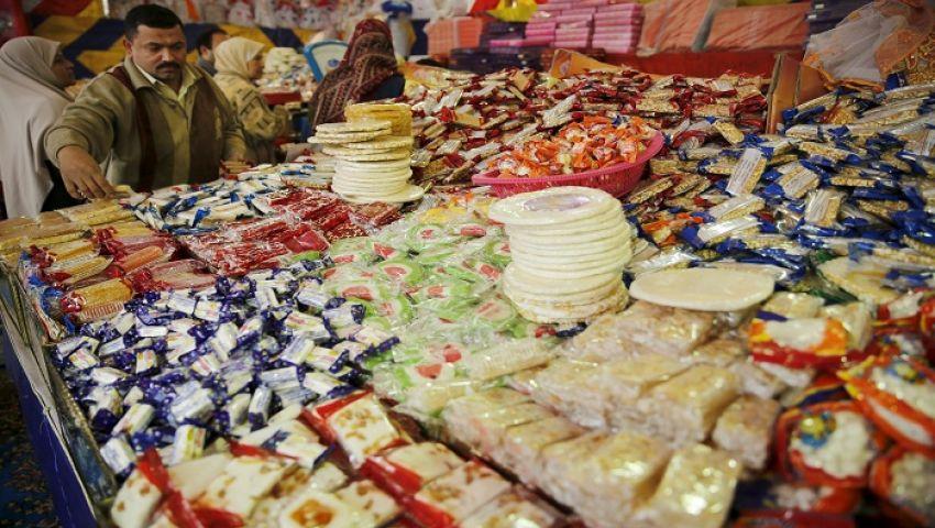 فيديو| وفد مسيحى يوزع حلوى المولد النبوي على المسلمين