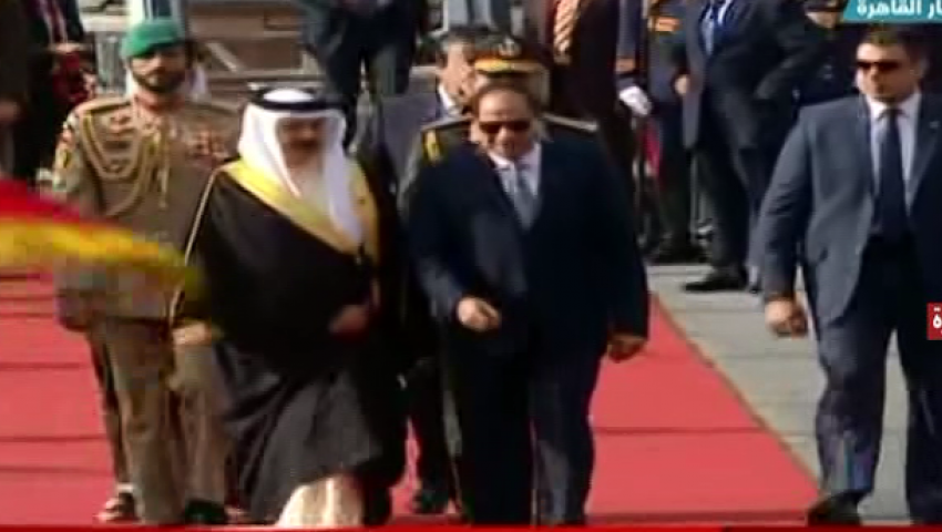 بث مباشر.. السيسي يستقبل عاهل البحرين بمطار القاهرة