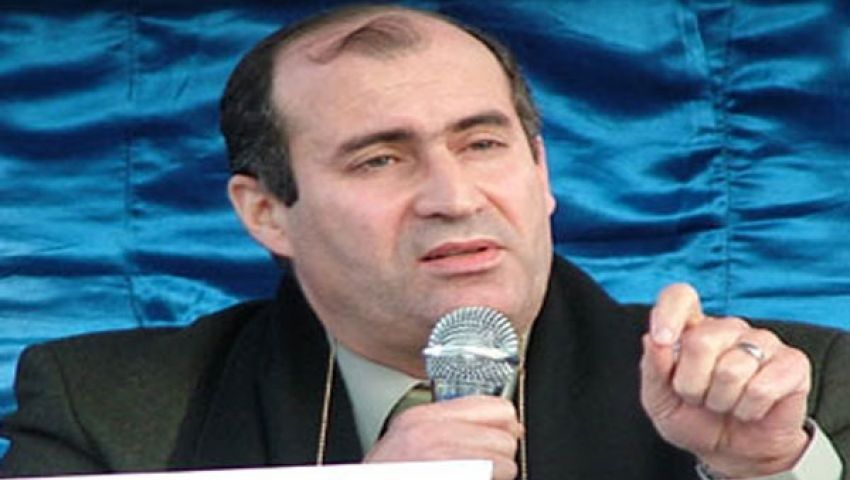 جمال حشمت يدعو مؤيدي مرسي للالتزام بالسلمية