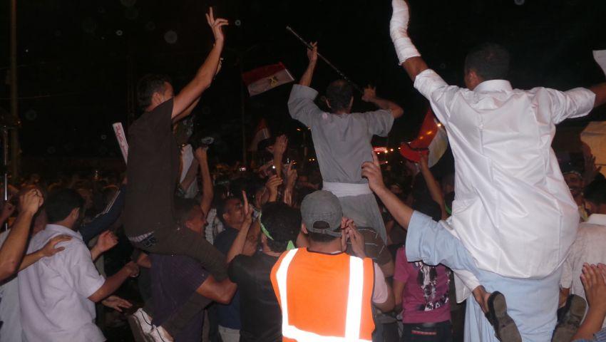 الإخوان يرقصون على أنغام ثورية برابعة