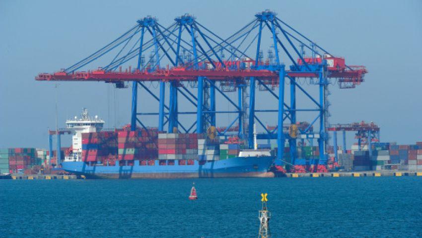 هلع بميناء بورتوفيق بعد أنباء عن شحنة مواد مشعة