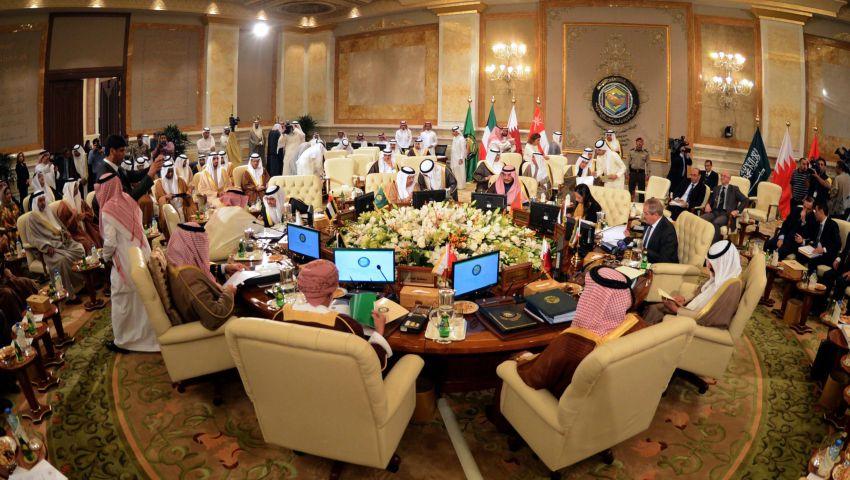 في افتتاح الوزاري الخليجي.. دعوة للالتفاف حول المنتخبين بليبيا