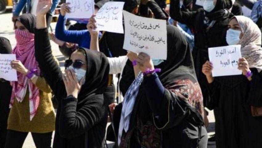 الفرنسية: «أصوات النساء» تعيد الحياة لاحتجاجات العراق