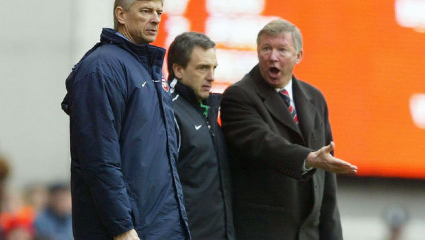 مانشستر يونايتد حاول التعاقد مع فينجر في 2002