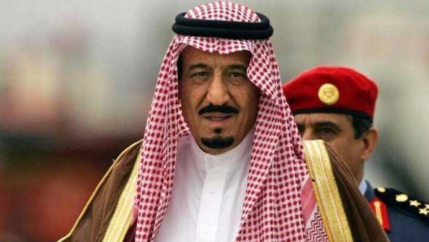سلمان بن عبدالعزيز يصل مطار القاهرة