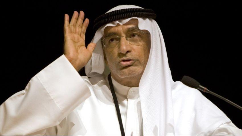 أكاديمي إماراتي: مشاركة العرب في جنازة شيمون بيريز عار