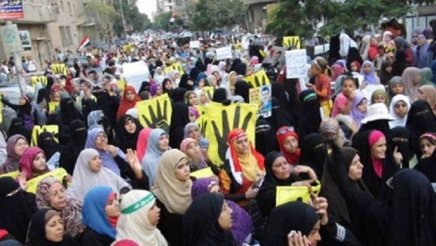 تظاهرات النساء شوكة في جنب النظام