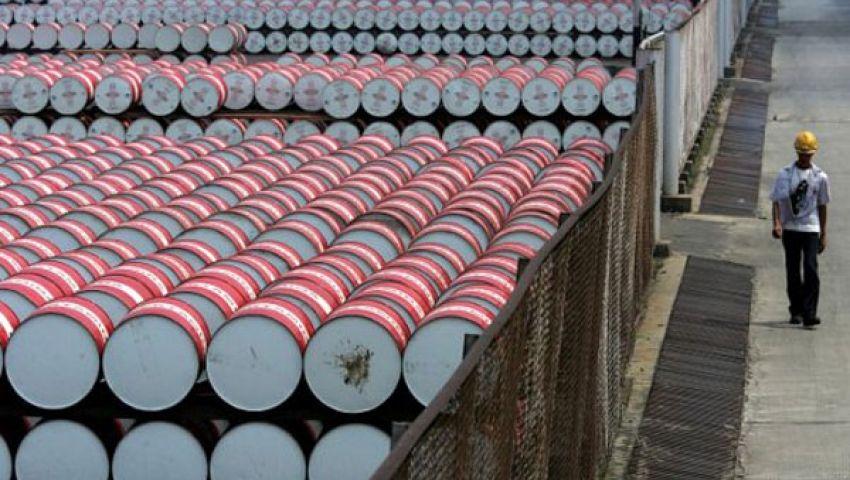 سعر برميل النفط يسجل  69ر104 دولار