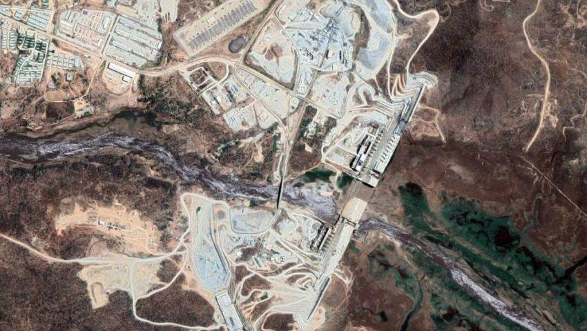 بلومبرج: اختلاسات مالية تعرقل مشروع سد النهضة