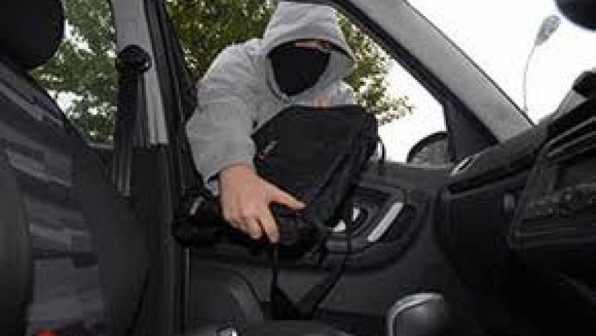 سرقة أجهزة لاب توب وشاشات عرض بمدرسة إعدادية بأسيوط