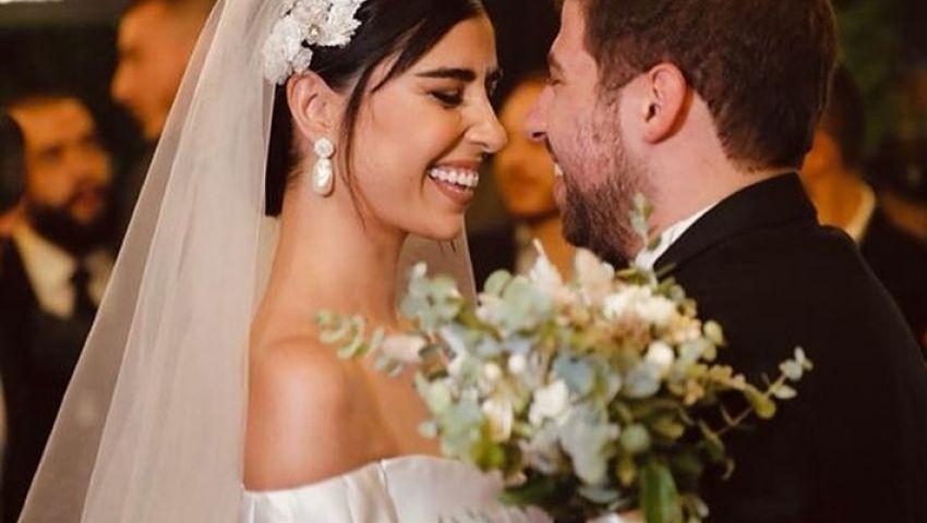 زينة مكي تفاجئ الجمهور بالأبيض.. لقطات من حفل الزفاف