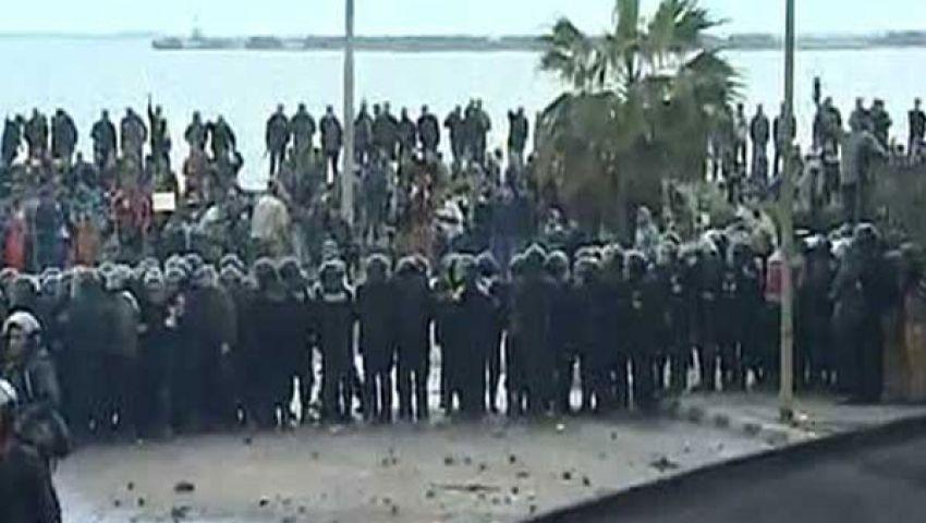 الأمن المركزي يفصل بين المتظاهرين بسيدي جابر
