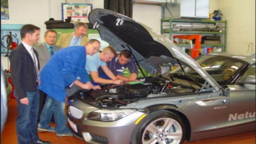 مدرسة ألمانية رائدة  تطوِّر صناعة السيارات  في أسيوط