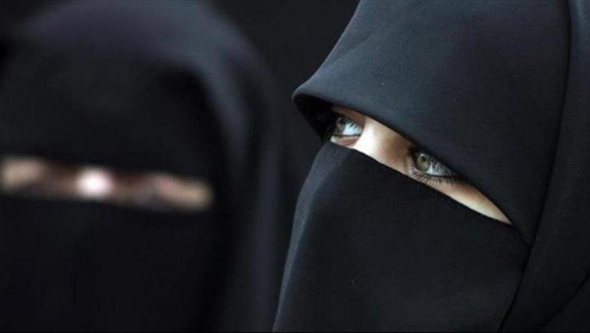 هولندا.. حزب إسلامي يتكفل بدفع الغرامات المحتملة لحظر النقاب