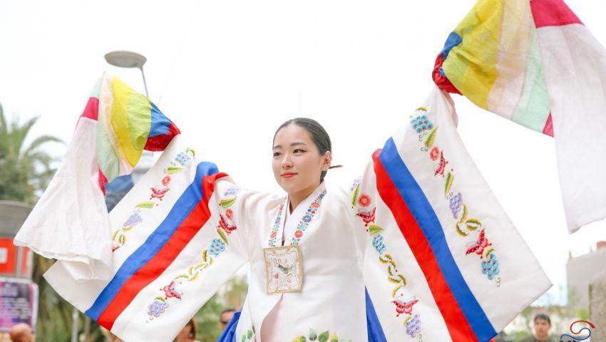 صور: كوريا تحتفل بمرور 100 عام على استقلالها بدار الأوبرا