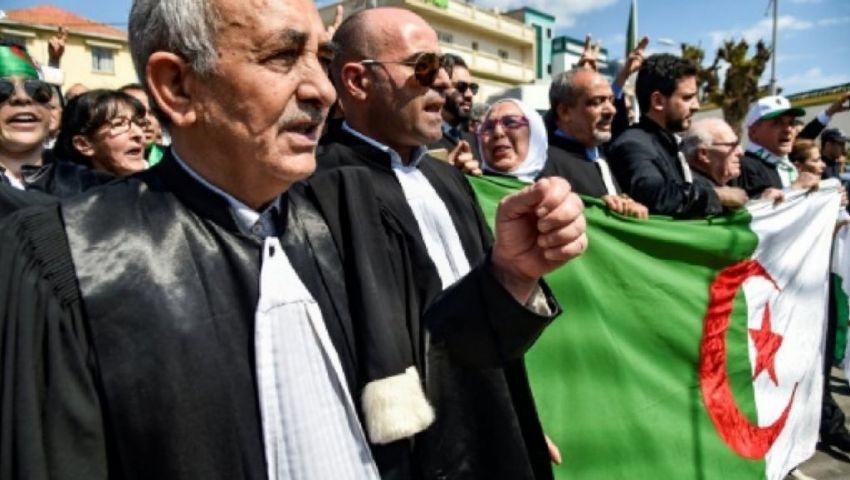محامون في الجزائر يقاطعون المحاكم رفضًا لانتخابات الرئاسة