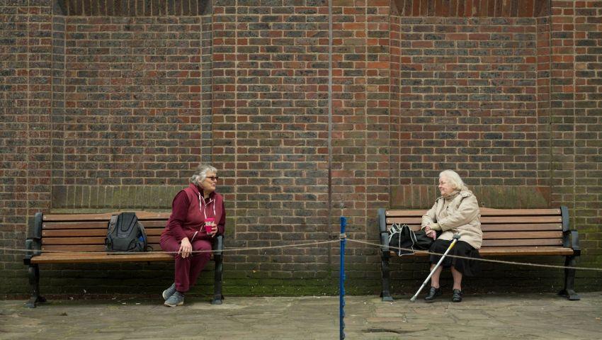 كورونا والتباعد الاجتماعي.. أزمة جديدة قد تتجاوز مسألة الصحة