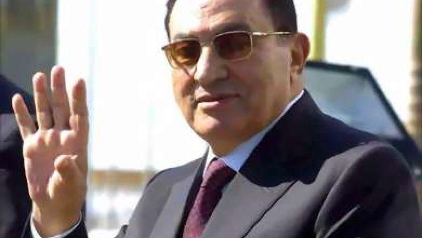 نيويورك تايمز: مبارك على الأسفلت يحبط المصريين