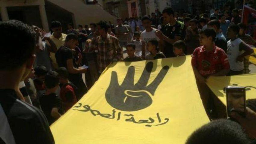 بالصور.. اشتباكات بين مؤيدي مرسي ومعارضيهم بالدقهلية