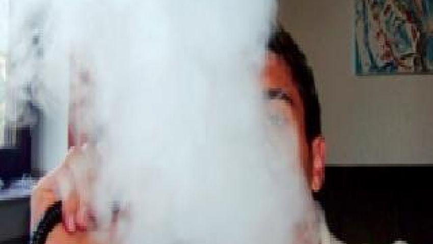 دراسة: المدخنون قد يكونون آباء سيئين