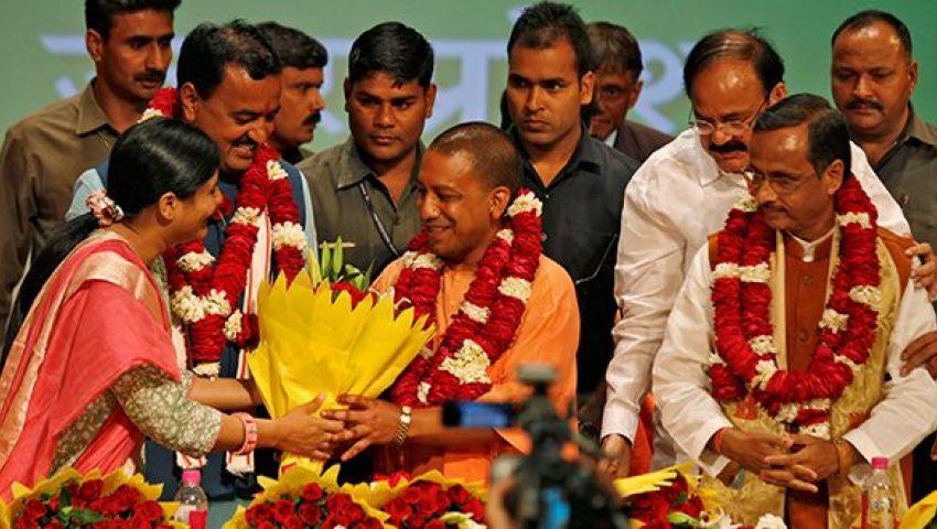 تصاعد العنصرية.. راهب متعصب على رأس أكبر ولاية هندية