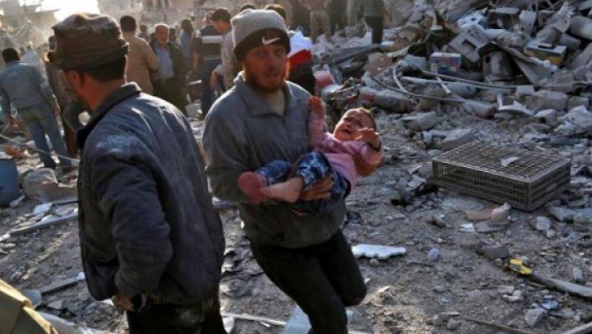 غارات للأسد والروس تقتل السوريين.. الدماء تتبعثر في دير الزور