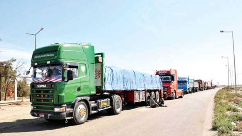 تكدس الشاحنات بشرق بورسعيد يهدد بكارثة
